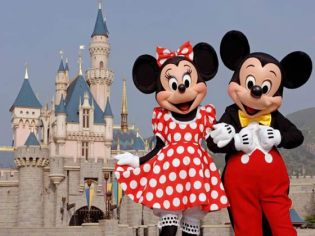 mickey_minnie_disneyland_small