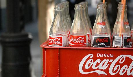 http://chemtrailsevilla.files.wordpress.com/2012/03/aspartame-cancer-coca-cola-pepsi-aspartamo.jpg