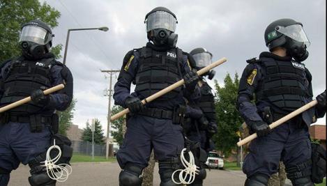 329830_Riot-Police